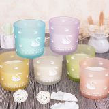 Wholesale Scented Soy Wax Glass Jar Candles With Flamingo Scrub Spray Pattern