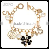 Sweet Imitation Pearl Four Leaf Clover Bracelet Female Fashion Personality Vintage Jewelry Accessories