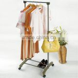 modern removable steel wheel display rack for hanging clothes