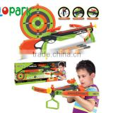 Children play good toy dart gun set soft bullet gun set with bow and arrow with target