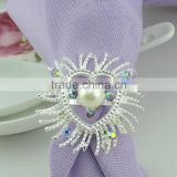 fancy rhinestones plastic pearls metal alloy silver plating heart shape napkin ring