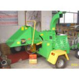 Wood chipper with 18/22/40hp diesel engine CE approved