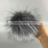 Factory sale 8-15cm Grey raccoon fur ball for hat New multicolor natrual animal fur pom poms for bag accessory