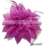 Latest Design Fabric Flower Feather Brooch for Ladies
