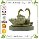 2015 chinese factory custom made handmade carved hot new products Resin metal animal figure of swan statue