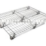 Warehouse collapsible wire mesh pallet converter