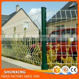 China supplier Ornamental Iron Fence Points hog wire fence panels