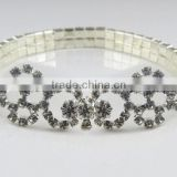 Beautiful designer snowflake shape claw chain bracelet