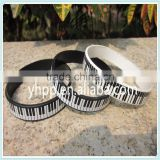 Custom Piano Keys Bracelet Rubber silicone Music Keyboard Wristband Pianist Player                                                                         Quality Choice