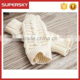 V-416 Latest fashion plain acrylic knit cable soft winter braided fingerless mitten gloves knit wrist warmer