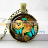 Steampunk clock pendant Steampunk watch necklace Butterfly Steampunk clock jewelry-glass dome pendant necklace