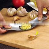 Good design Stainless Steel Garlic Press / kitchen Crusher Chopper / Garlic Press Tool