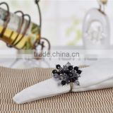 Wholesale New Design Bling Silver Metal Pearl Beaded Napkin Ring