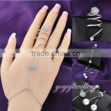 Adjustable size imitation jewelry white gold crystal finger chain ring bracelet