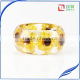 New arrival handmade Europe design wide high-bright pressed dried flower resin bangle