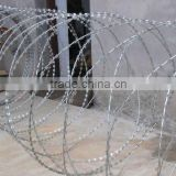 hot dipped gi barbed wire cheap price per roll (Tommy,Skype:zheng.tommy1,whatsapp/viber/wechat:86-18032821161)