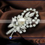 New brooch pin rhinestone scarf shawl clip crystal flower brooch pin female clothing