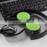 Folding wired OVER-EAR headphone with extensible head band
