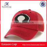custom made red eco friendly 6 panel flex fitted mesh trucker caps hats with woven label