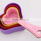 plastic heart-shape measuring spoon /measuring cup