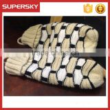 V-400 new design customied cable pattern fashion winter mitten gloves knit arm warmer