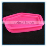 alibaba wholesale silicone toy container ships