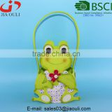 BSCI Audit factory beautiful non-woven felt frog shape basket, Easter decoration colorful baskets