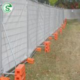 Galvanized iron welded mesh Australia/Canada powder coated temporary road fence barrier