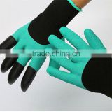 Unisex Garden Gloves For Digging & Planting No More Worn Out Fingertips with bear claws