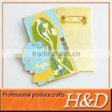 Die casting gold valentine's day badge