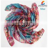 Wholesale-LING/Fashion Headwear Satin Bandanas,Square Ladies Silk Scarves,Digital Print Flower Beige Foulard bandana scarf