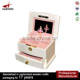 2016 hot sale lovely ballerina Wind Up wooden music boxes