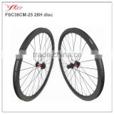 Hot selling carbon disc wheels 38mm deep 25mm wide aero U shape, hand building cyclcocross road wheels 28H/28H with 6 bolts disc