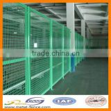 Heat Treated Pressure Treated Wood Type and PVC Coated Frame Finishing 304 stainless steel welded wire mesh fence