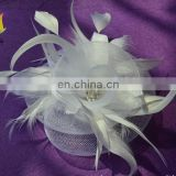 white feather fascinator hats 001