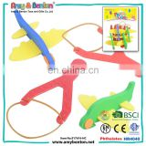 Top selling cheap plastic slingshot flying mini slingshot catapult toys