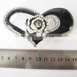 Decorative heart shape metal buckles for bags and belts