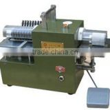 Table Top Manual Fed Leather Splitting Machine