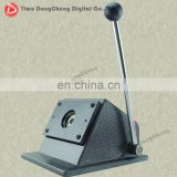 paper cutter Pin Badge Press Machine of 25mm badge paper cutting machine