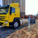 Sinotruk Howo 6x4 371hp Cargo Chassis Truck with 12R24 Tyres for Somaliland