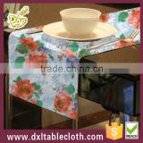 2015 beautiful design wholesale printed colorful plastic table runner for wedding decoration