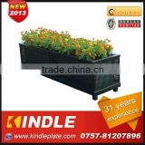 Rattan Outdoor flower planter, with a metal basin