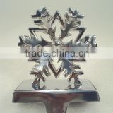 Snow Flower Metal Stocking Holder , Christmas Stocking Holders For Home Decorations, Designer Stocking Holder For Christmas