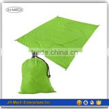 Customized padded sandproof nylon beach blanket