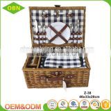 China customized cheap 2 person type insulation wicker willow picnic basket with cheeseboard cooler bag