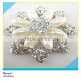 Rhinestone Mix Pearl Flower Design Brooch Crystal AB Rhinestone Setting Brooch 4.5x4.5cm