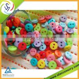 Popular 4 hole plastic button for garment
