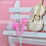 ULDUM 2013 special design girls gift headphone with mic plastic promotional wholesale earphone ear buds mp3 earpiece