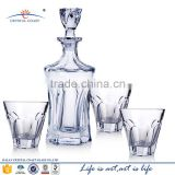 New fashion whiskey crystal glass bottle unique shape glass liquor bottle with low price
