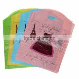 Plastic Party Gift Bags Skirt Eiffel Tower Pattern At Random 33.5cm x 24.5cm,1Packet